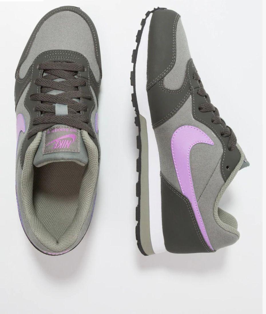 Nike MD RUNNER a 23,99euros ()