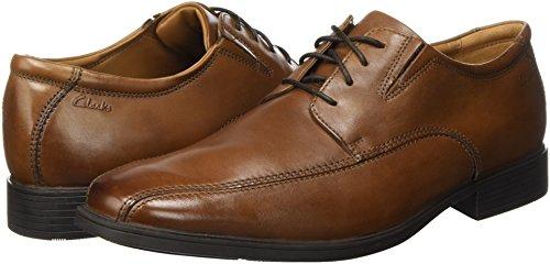 Zapato de cuero Clarks Tilden Walk por sólo 40,95€ (Tallas de la 41 hasta la 48)
