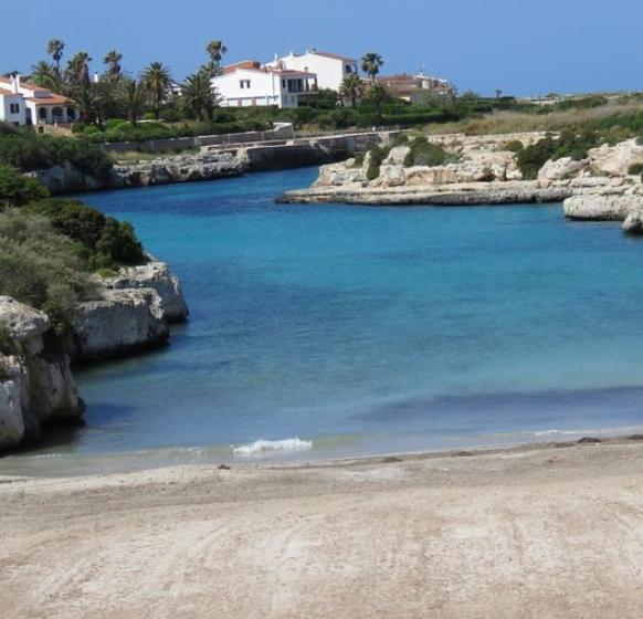 Menorca 213€/p= ferry+ 7 noches en hotel 3* con desayuno