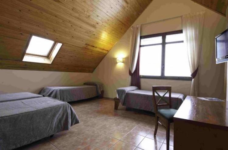 Alojamiento + desayuno (3 días) y actividades en el Pirineo de Lérida por 44€/persona