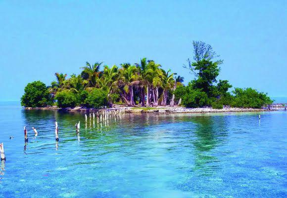 Date un Capricho, Cómprate una Isla: Hat Caye (Belice)