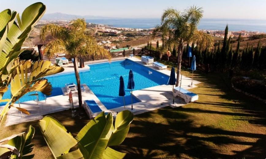 Málaga apartamento 3 noches, 2 adultos + 1 niño (10,7€ x persona y noche)
