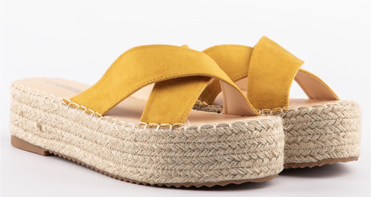 Preciosas sandalias desde 6,80€ más código de envío gratis