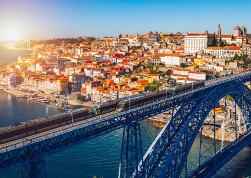 NOVIEMBRE Oporto 57€/p= 2 noches de alojamiento + vuelos desde Madrid