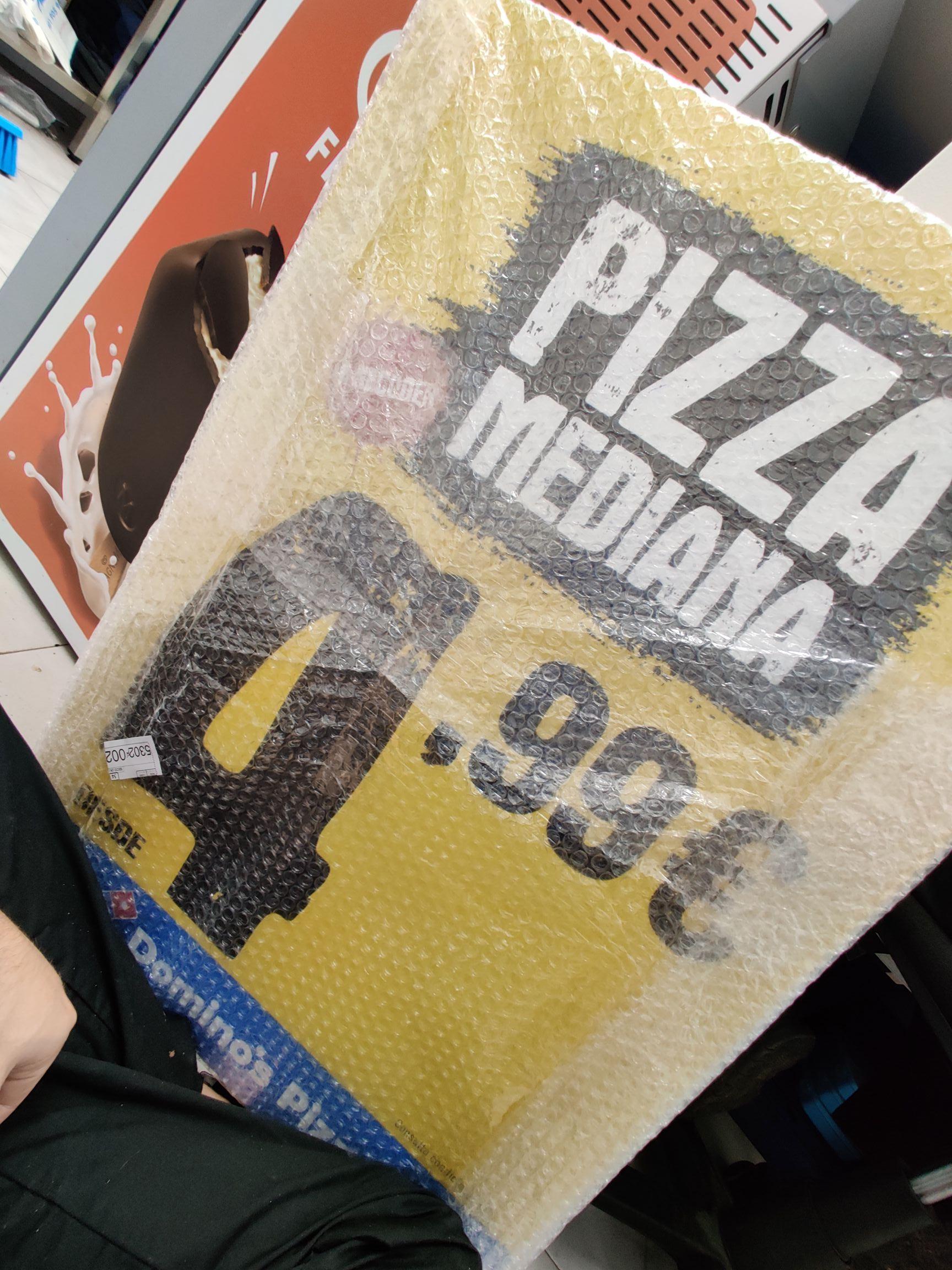 Pizza mediana Domino's pizza