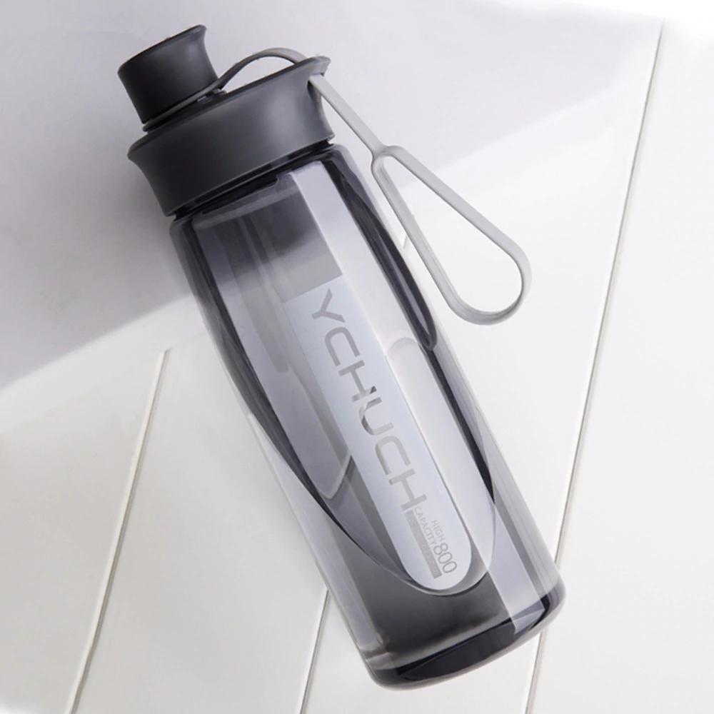 Botella de agua multiuso (3 tamaños, 3 colores) + Accesorio limpieza gratis