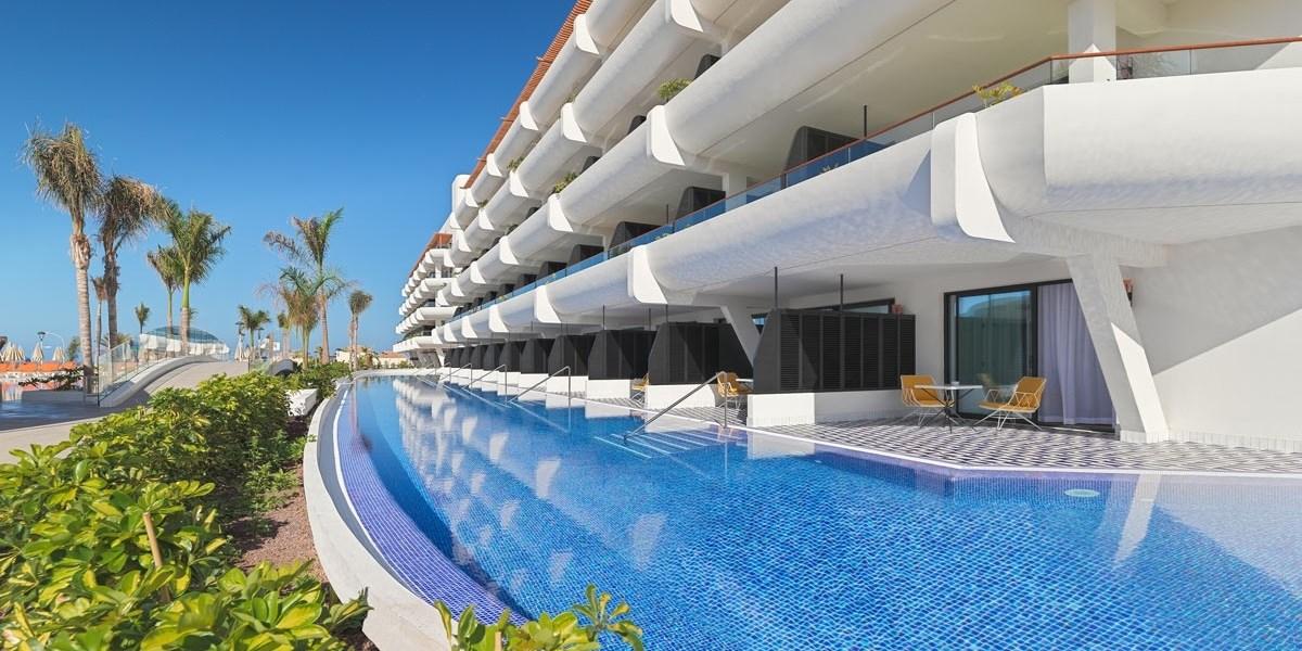 Tenerife: 6 días resort 5* con comidas y vuelos desde 599€