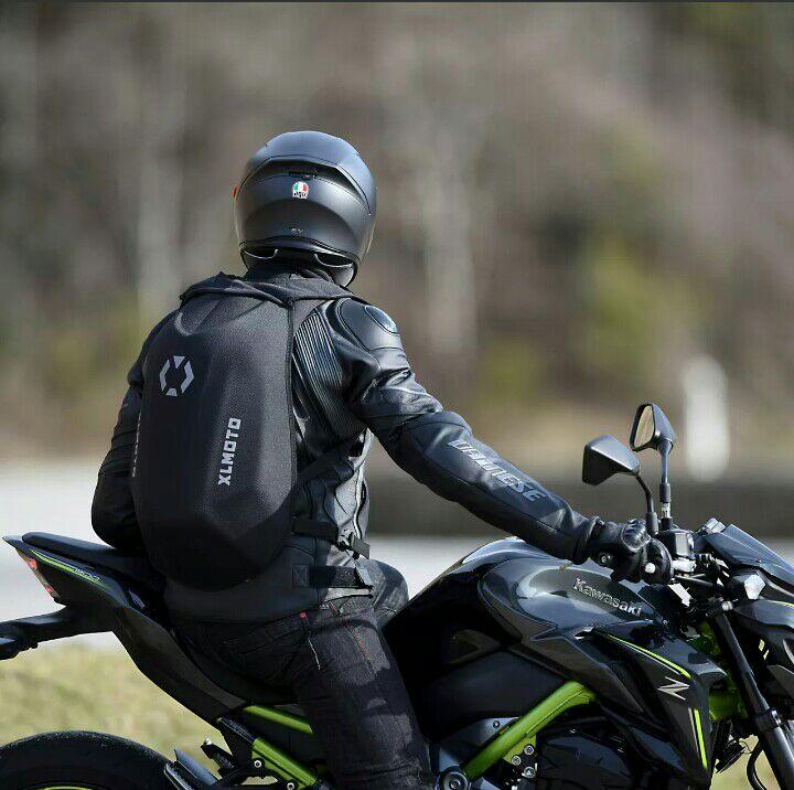 Mochila ergonómica para moto