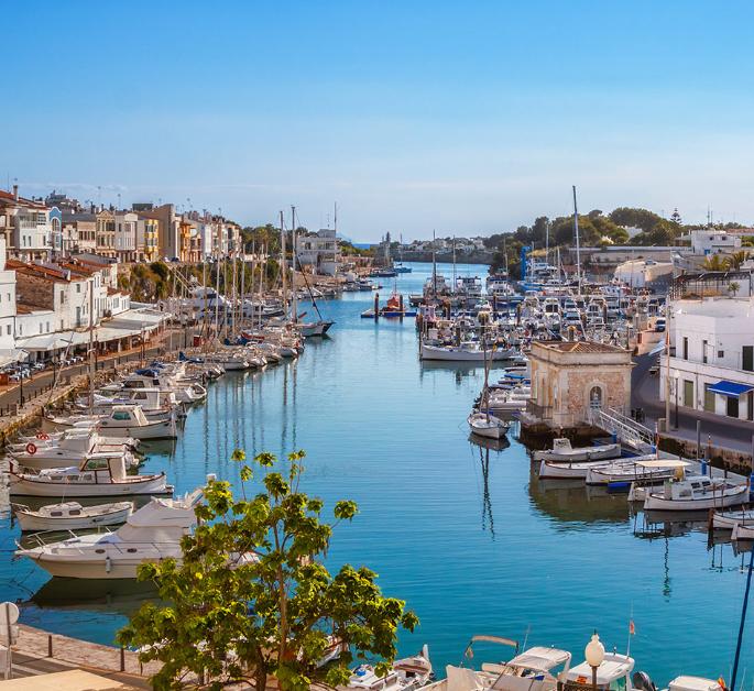 OCTUBRE Menorca 8 días TODO INCLUIDO 343€/p = 7 noches en apartahotel + vuelos desde Madrid