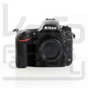 Nikon D750 por solo 983