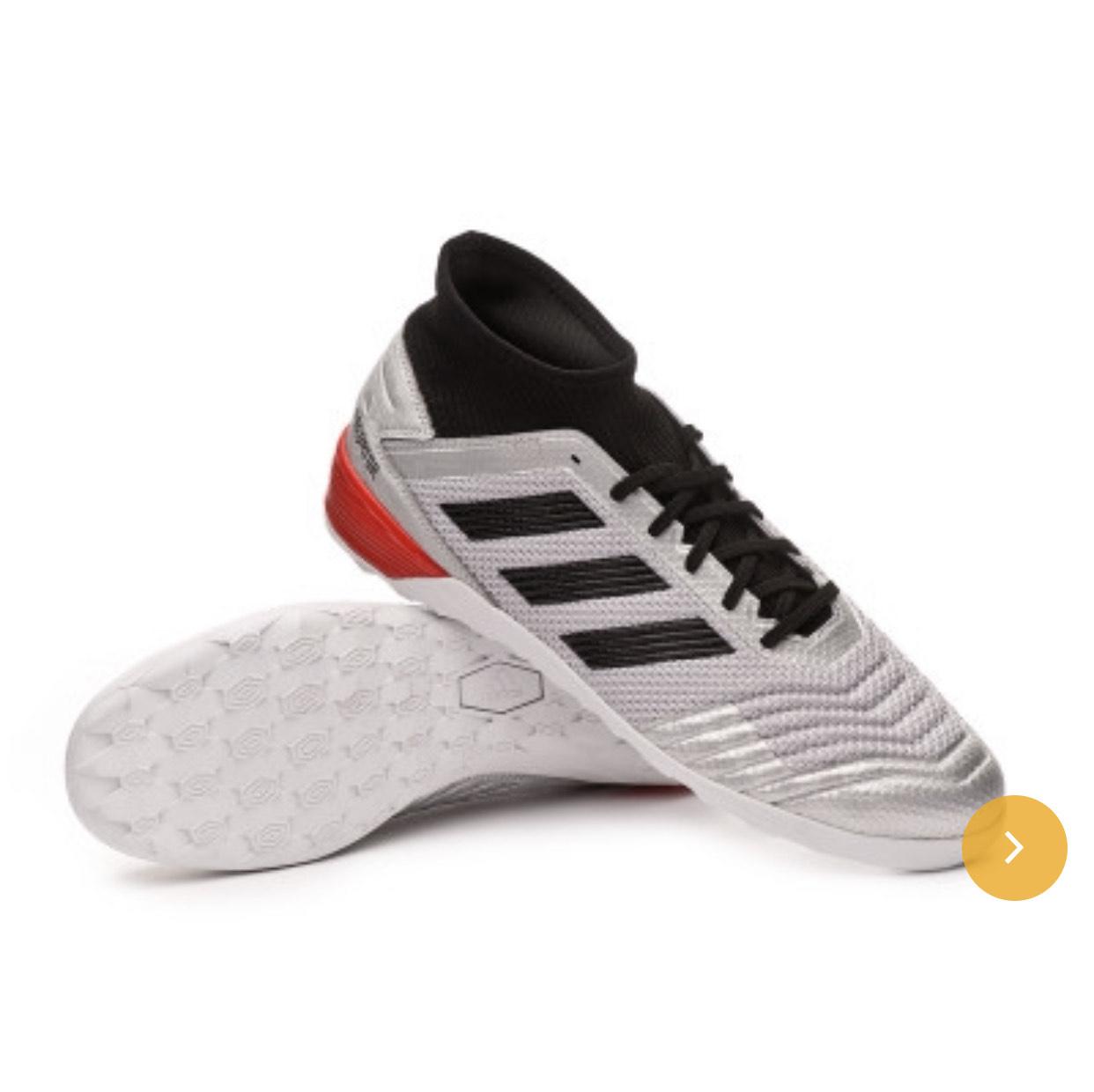 Zapatillas futsal con descuentos de hasta 40% + cupón extra del 7%