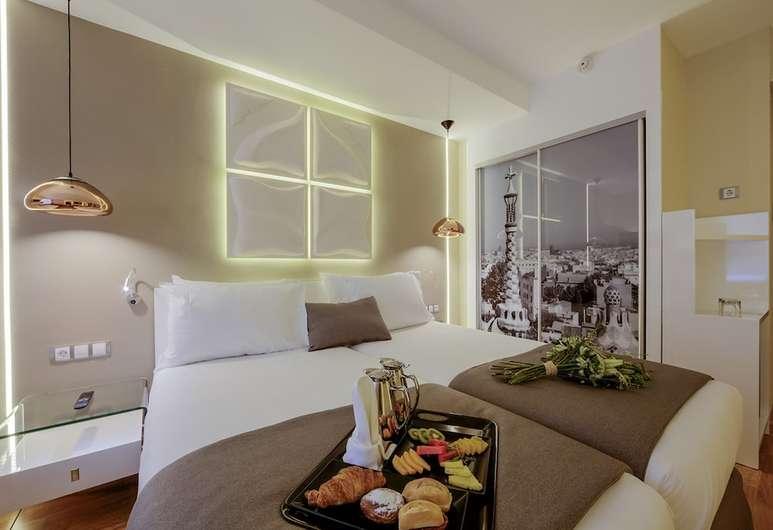 Noche en Hotel Evenia Rosselló 4* para dos