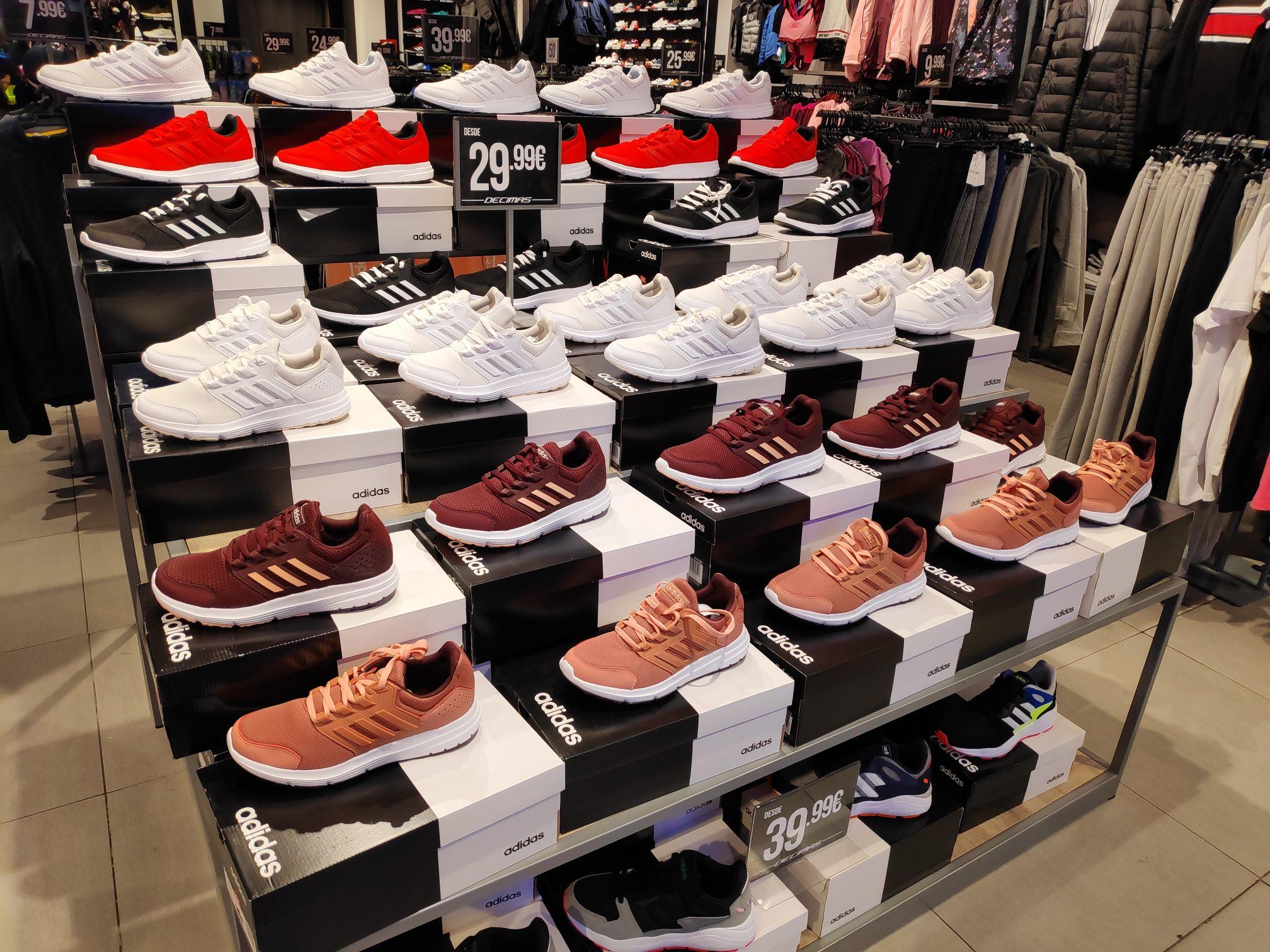 Adidas Galaxy running (Décimas de Palacio de Hielo)
