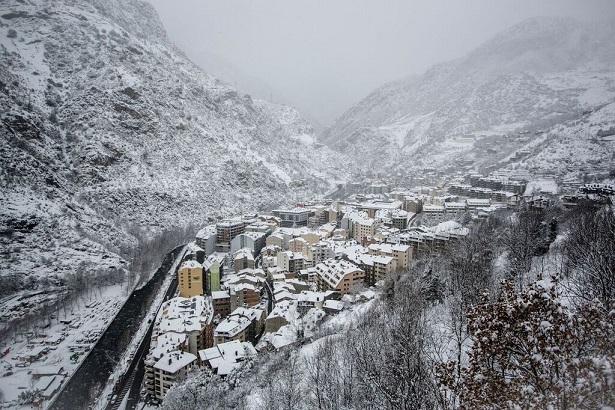 2 Noches con desayuno + 2 Forfaits en Andorra [Precio por persona]