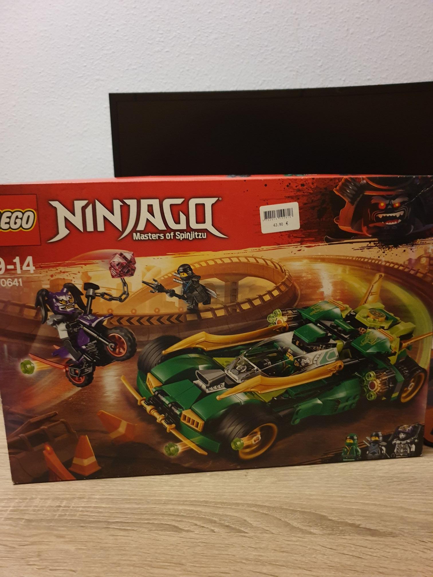 LEGO Reptador Ninjago( carrefour Rosaleda Malaga)