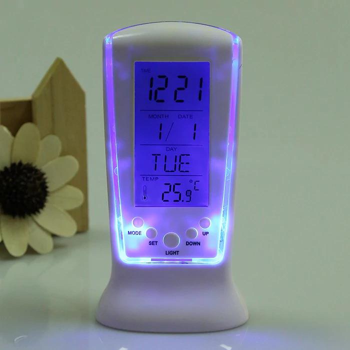 Despertador con sensor de temperatura