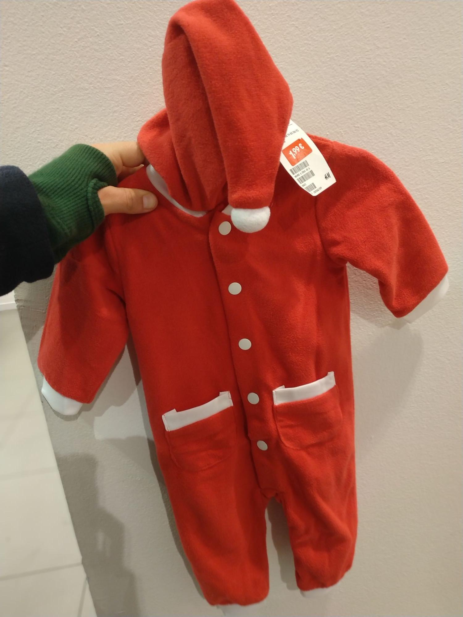 Trajecito para bebé H&M