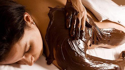 Tratamiento corporal con chocolaterapia