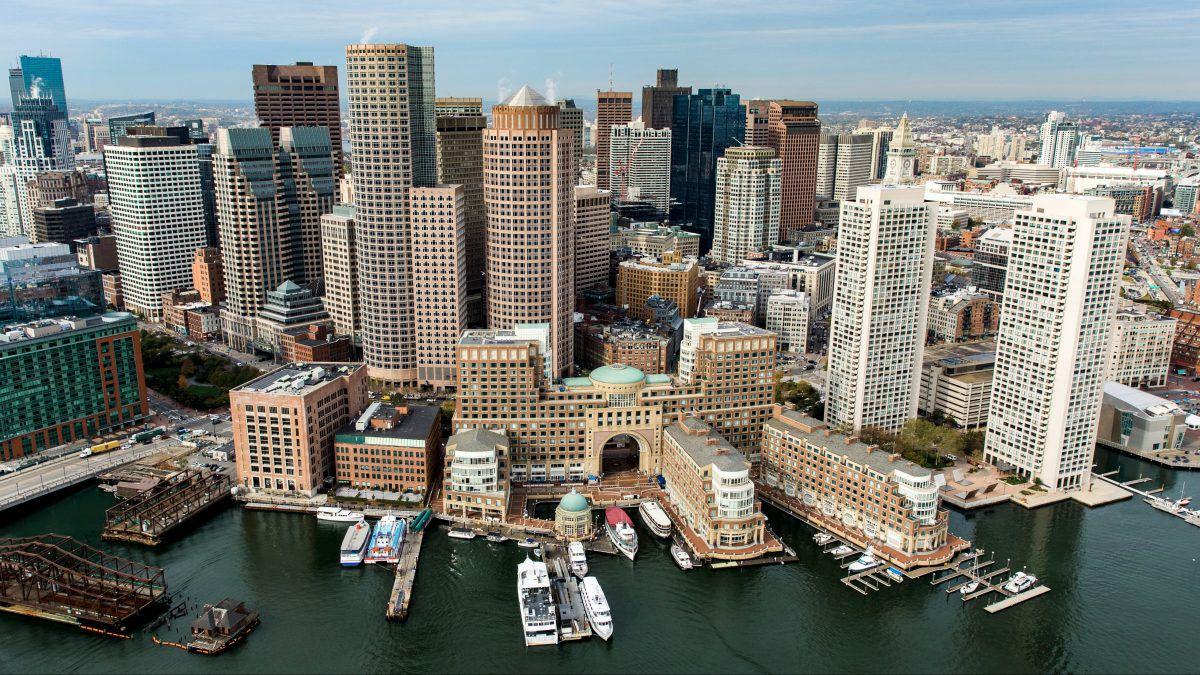Vuelo Barcelona -> Boston ida y vuelta del 9 de Febrero al 17