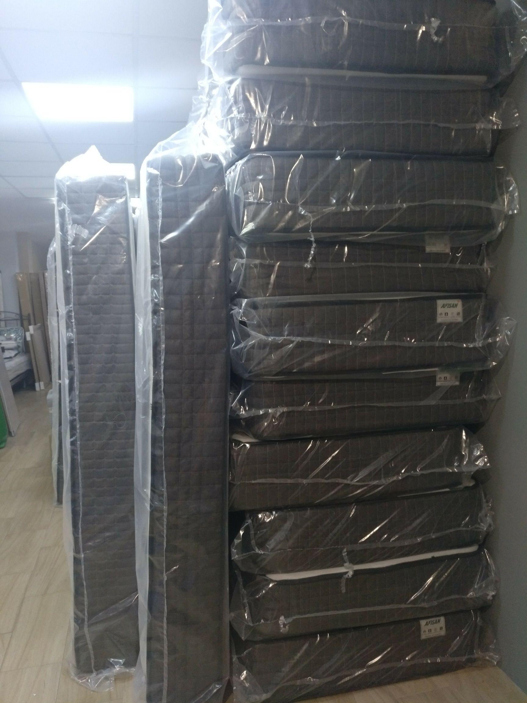 Colchones de 90x190 en liquidación (El rey del colchón, Málaga)