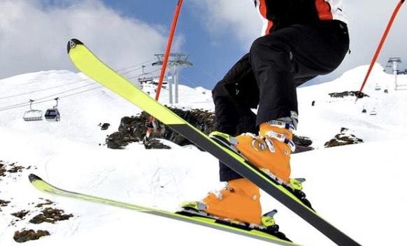 Alquiler esquí o snowboard