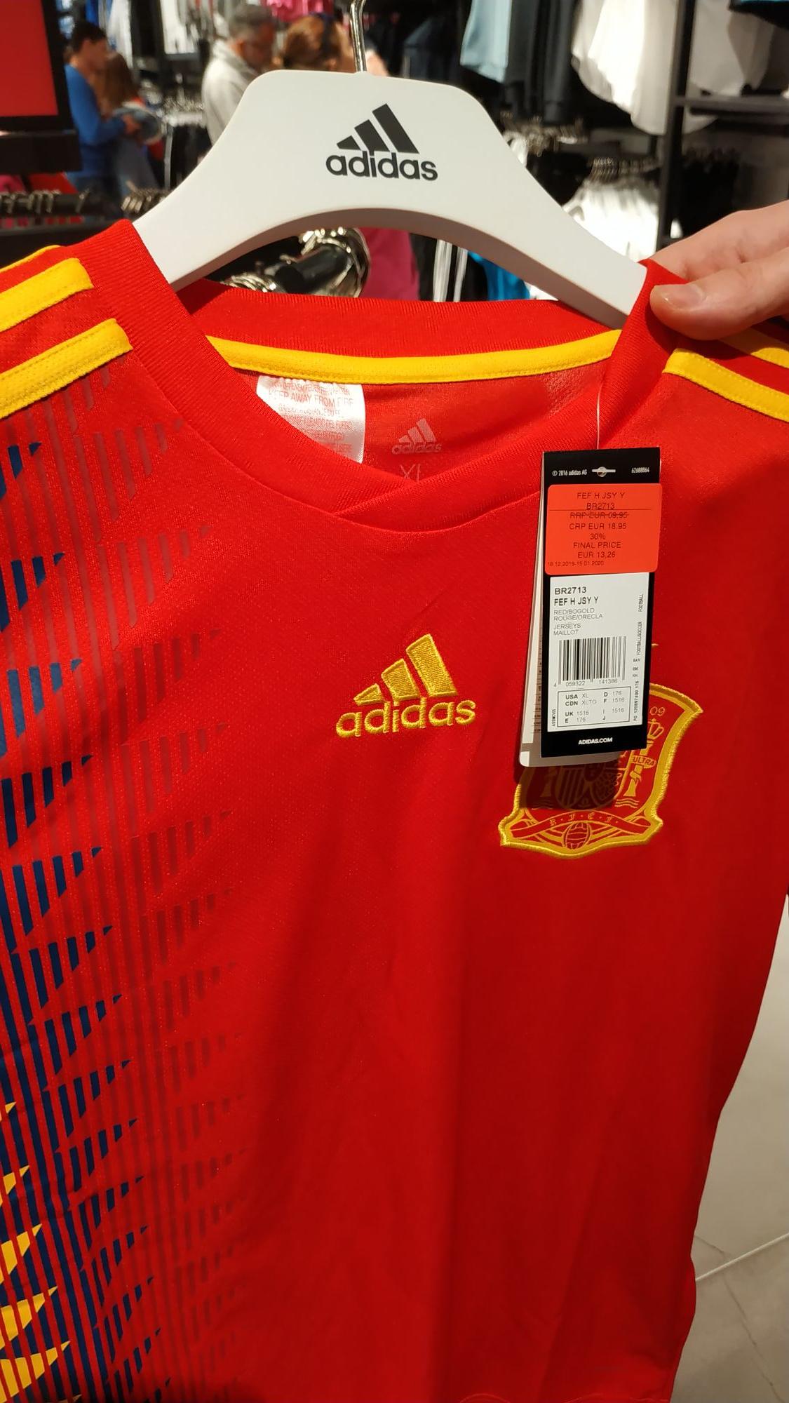 Camiseta de España para mujer y niño.