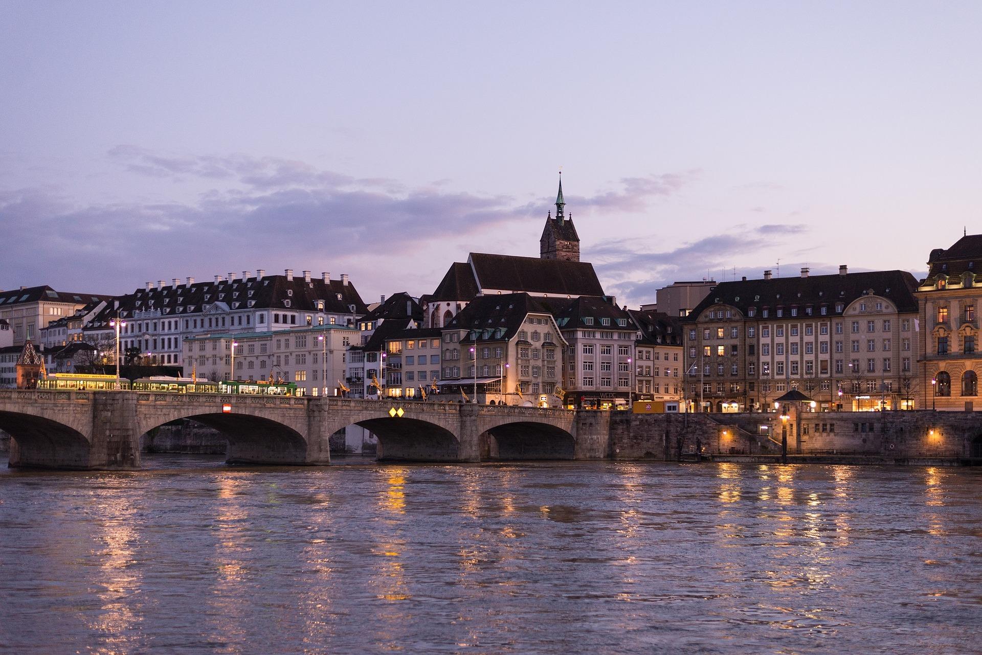 Vuelos ida y vuelta en verano a Suiza