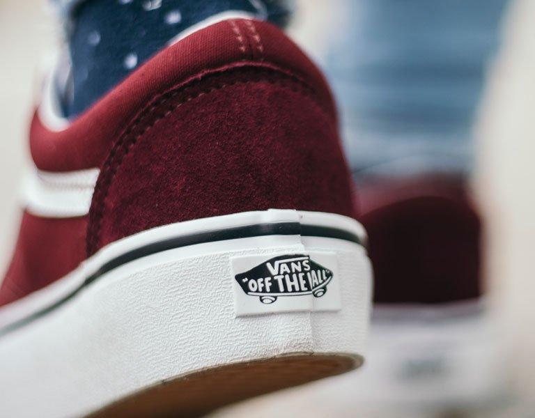 20% de descuento en sneakers de marca (Todo el catálogo)