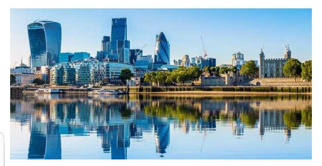 Londres: 4 días en hotel-barco + vuelos.