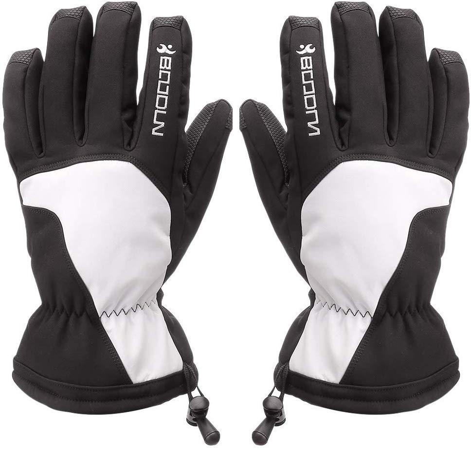 Guantes y más guantes