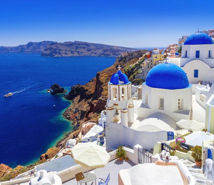 Vuelos desde Barcelona a Miconos y Santorini desde 134€
