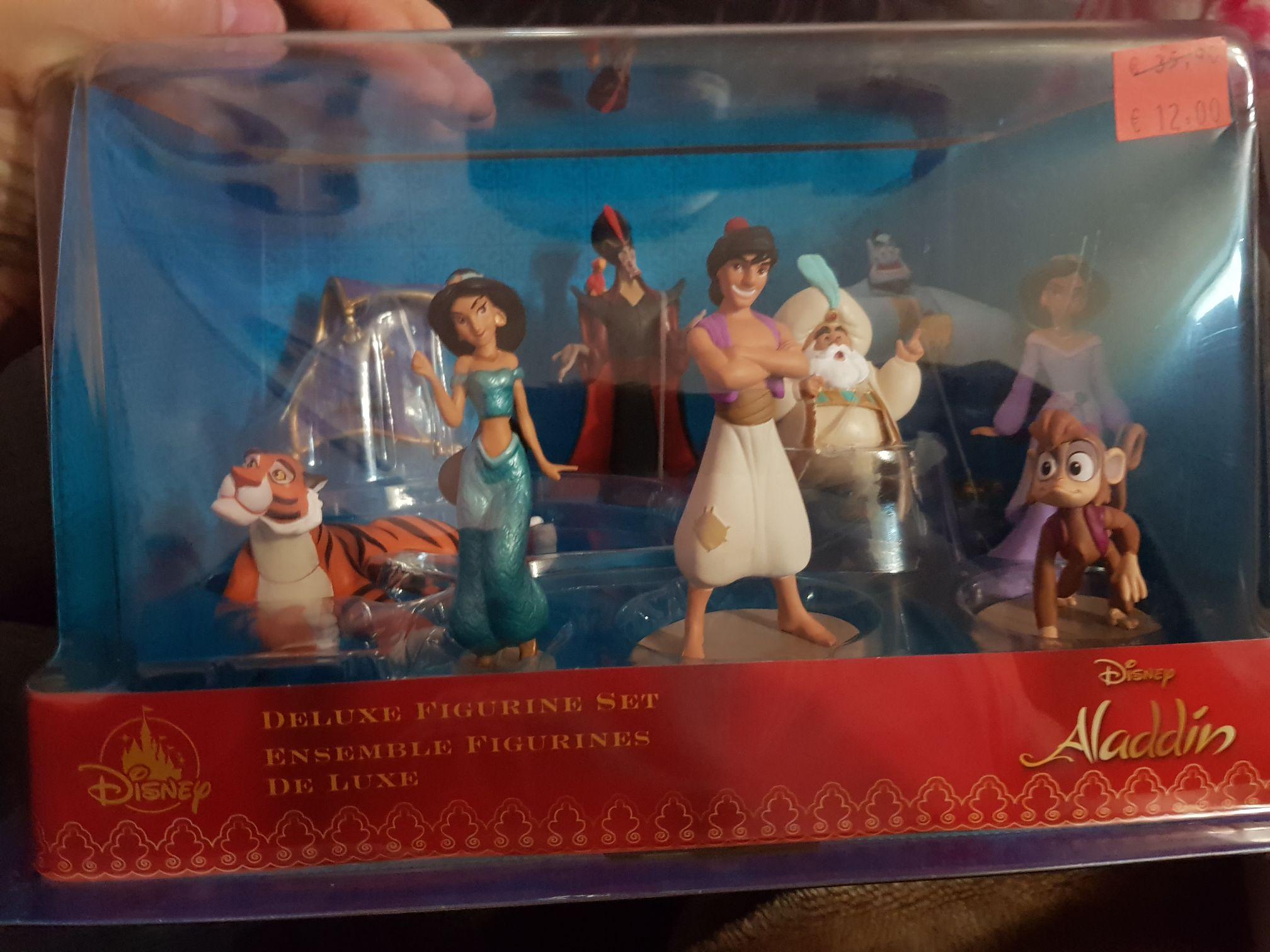 Figura Aladdin (Tienda Disney del centro comercial intuxanadu)