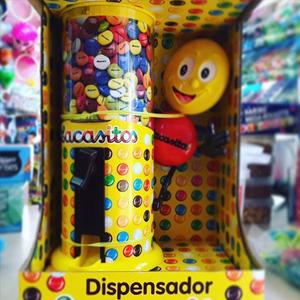 Dispensador de lacasitos + bolsa + figura (Alcampo)