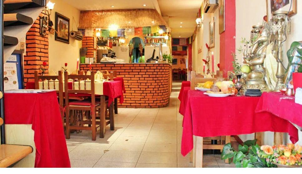 """50% en """"¡Hola Nepal!"""". Restaurante nepali en Barcelona."""