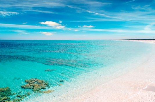 Verano en la isla de Cerdeña(Barco+coche+7 dias alojamiento)