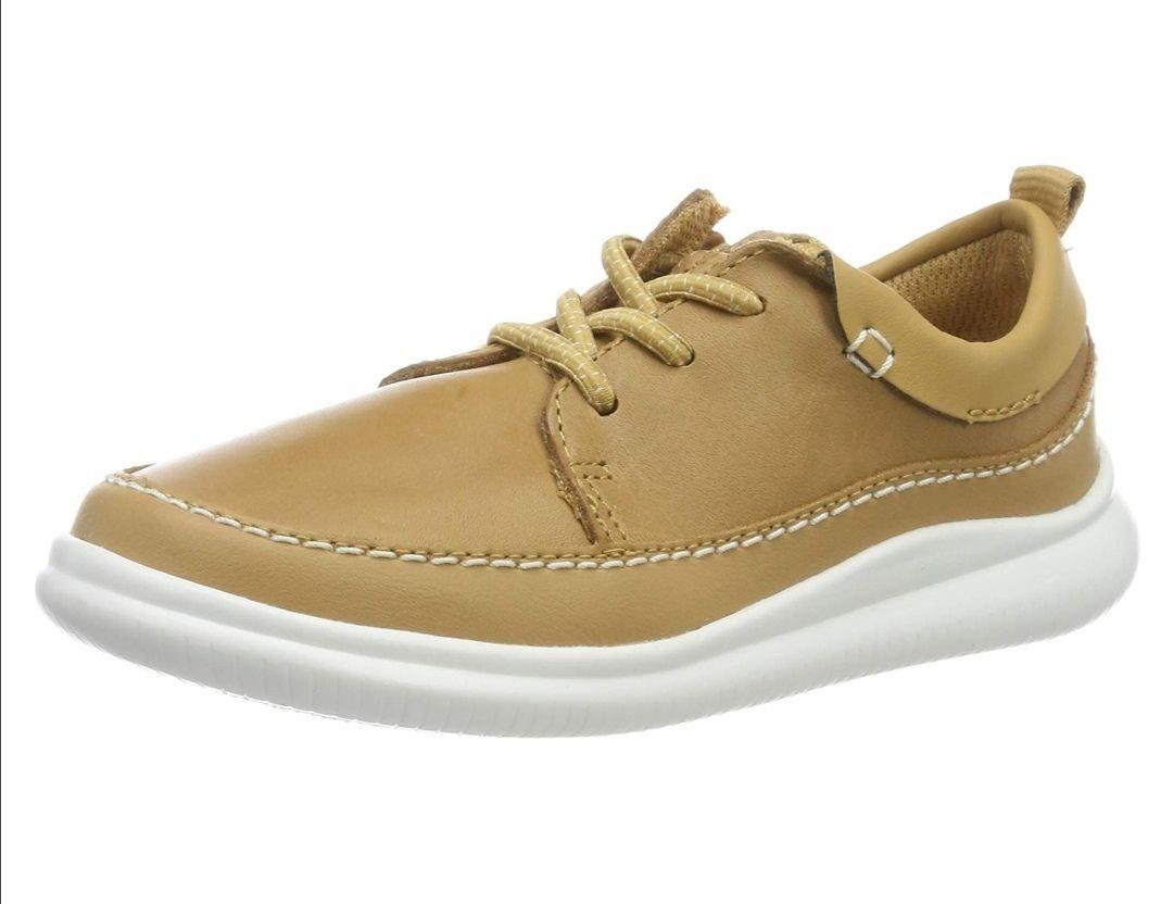 Clarks. Zapatos cordones niño