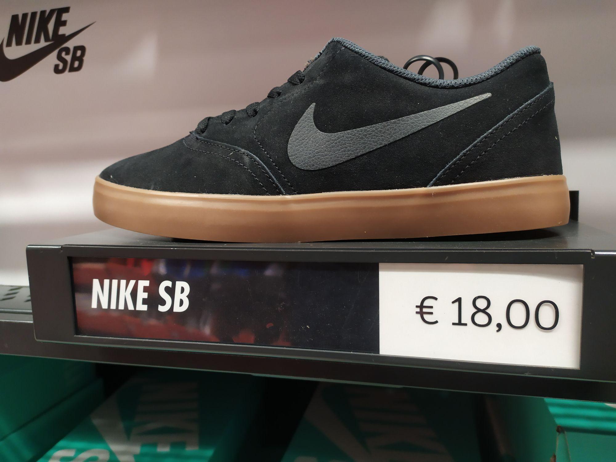 Nike Sb check Black