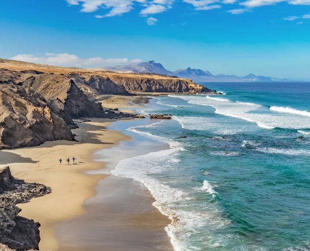 MAYO Vuelos Barcelona - Fuerteventura Ida y Vuelta desde 26€