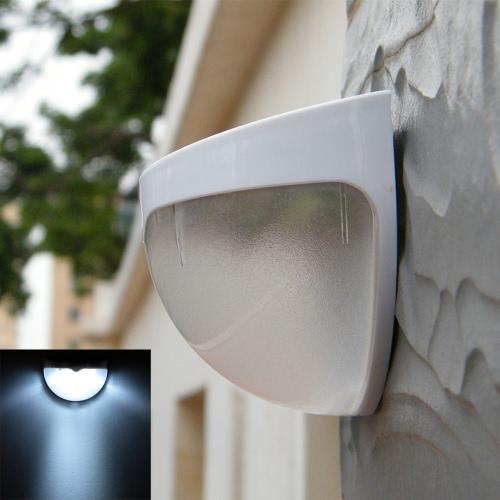 Lámpara de pared con sensor de movimiento
