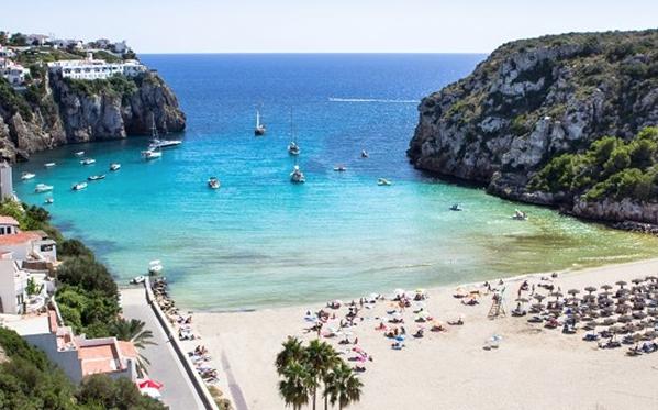 ABRIL Menorca125€/p= 3 noches en hostal con desayuno + vuelos desde BCN