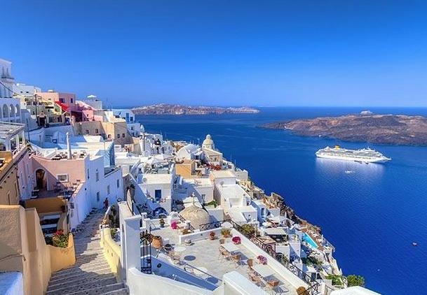 MAYO Santorini 259€/p = 7 noches en hotel y vuelos directos desde Barcelona