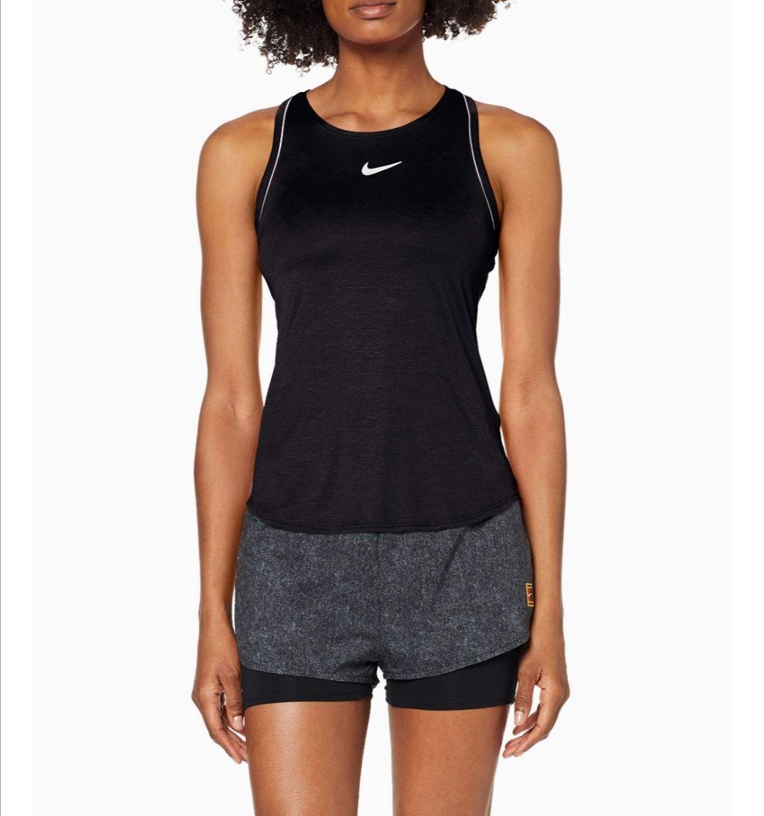Nike. Camiseta tirantes para mujer