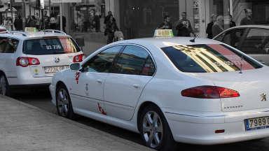 Taxis gratis para personal sanitario en Tarrasa, Barcelona , Valencia, Alicante, Castellón, Granada y Santander