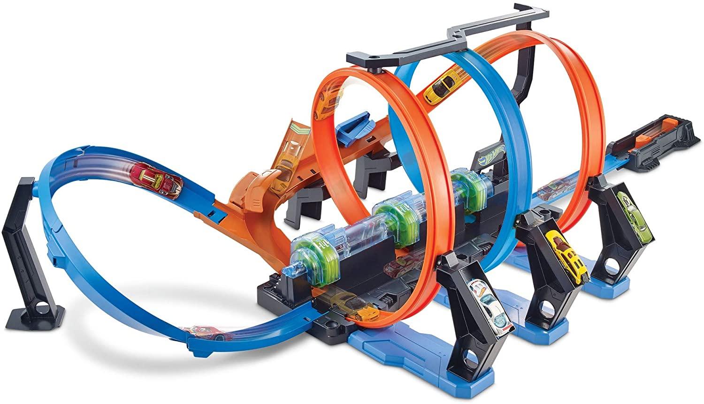 Hot Wheels Triple Looping solo 42.4€