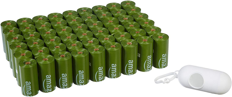 810 unidades Bolsa mejorada para heces de perros con aditivos EPI y dispensador y pinza para correa de AmazonBasics