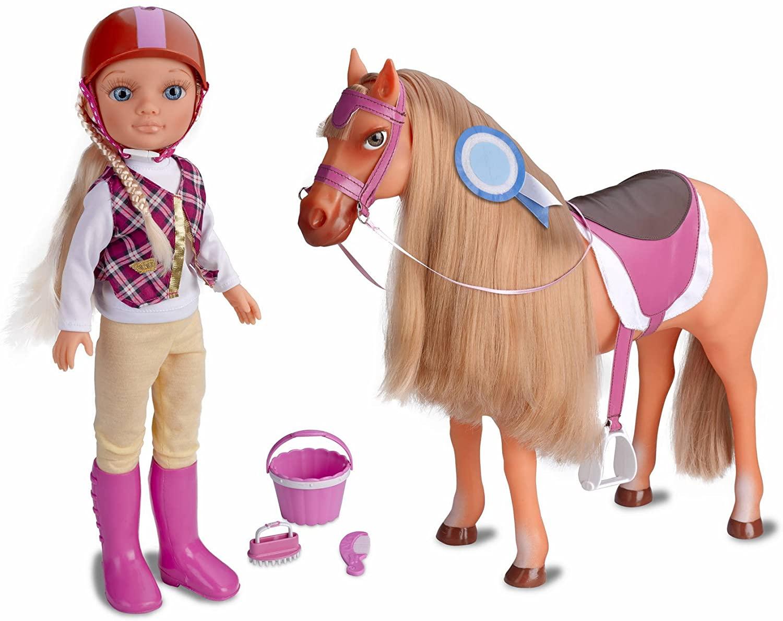 Muñeca Nancy día de aventuras a caballo