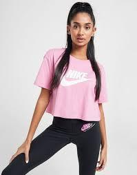 Nike camiseta Essential Crop.