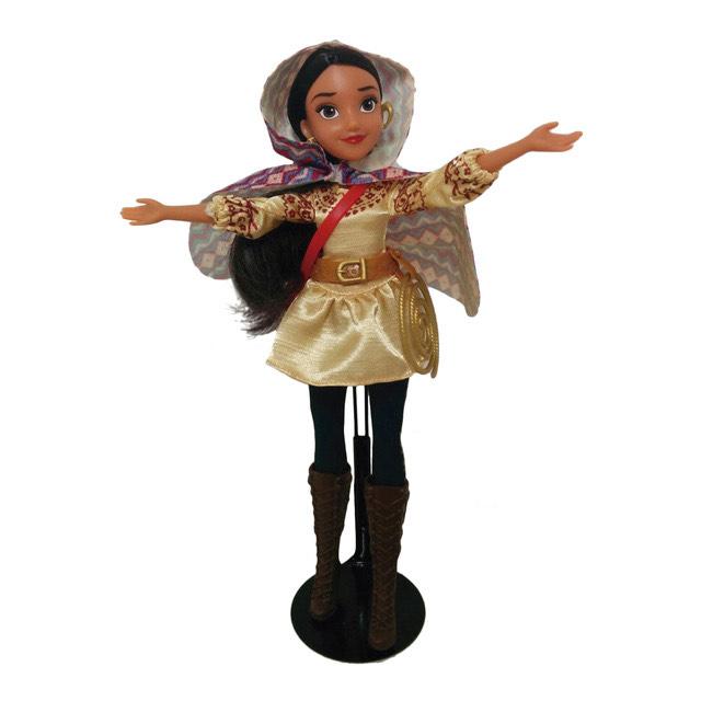 Muñeca Princesa Elena de Ávalor (Disney, HASBRO)