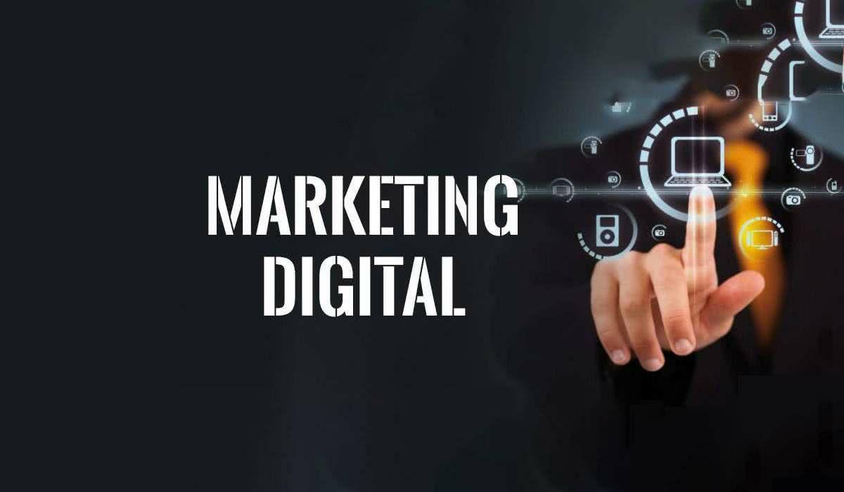 Marketing Digital: Content & Community Manager, en español
