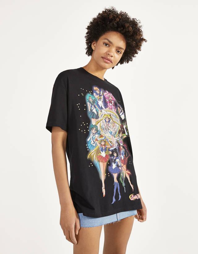 Camiseta Sailor Moon y sudadera